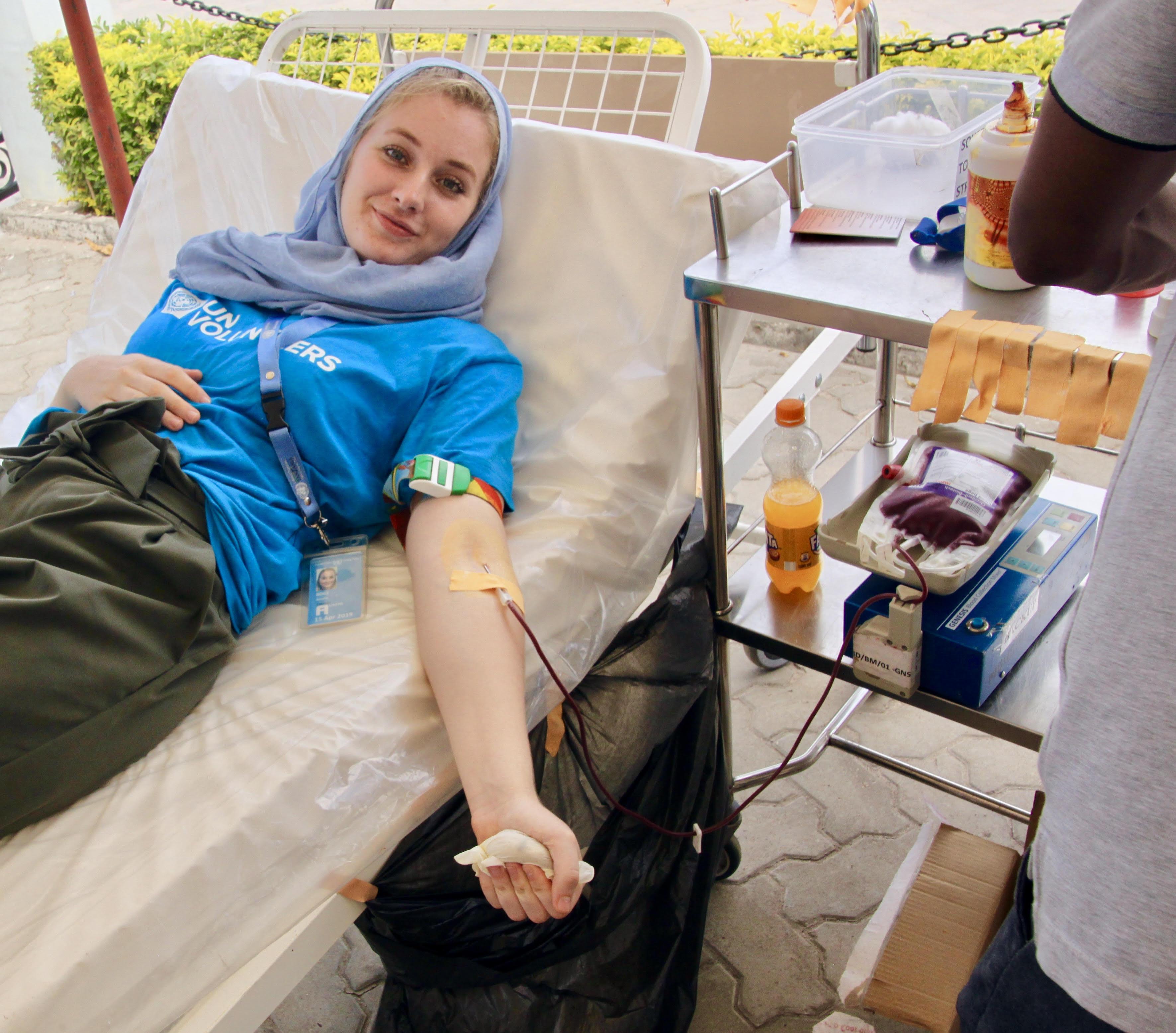 UN Volunteers donating blood